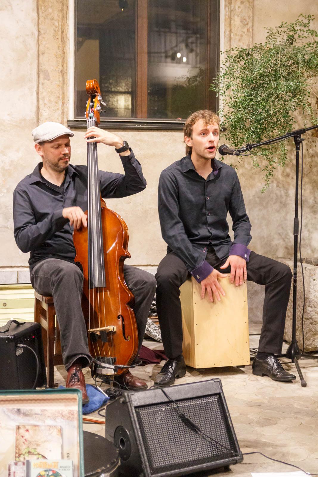 Glasbena skupina Kontrabant